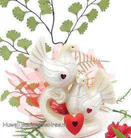 Duivenpaar taarttopper met rode hartjes