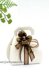 Bruidssuiker in een witte handtasje bedankje