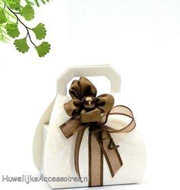 Bruidssuiker in een tasje bedankje