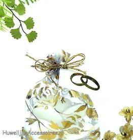 Gouden rozen organza zakje met bruidssuiker