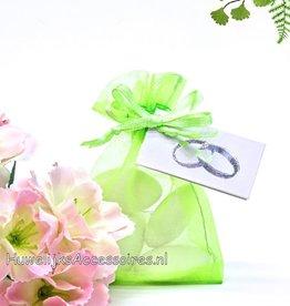 Organza zakje licht groen met bruidssuiker
