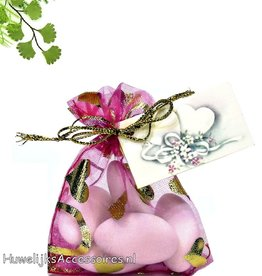 Fuchsia organza zakje met bruidssuikers