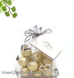 Organza witte zakje met bruidssuiker