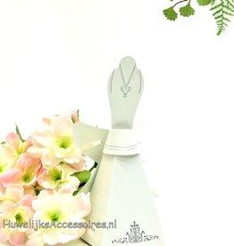 Bruidssuiker doosje als bruidsjurk