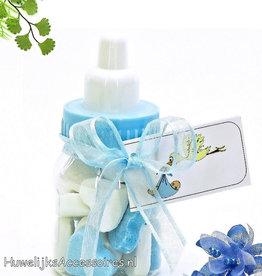 Baby flesje met blauw en wit suikerhartjes