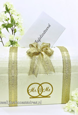 Mr & Mr receptie enveloppendoos versierd met goud