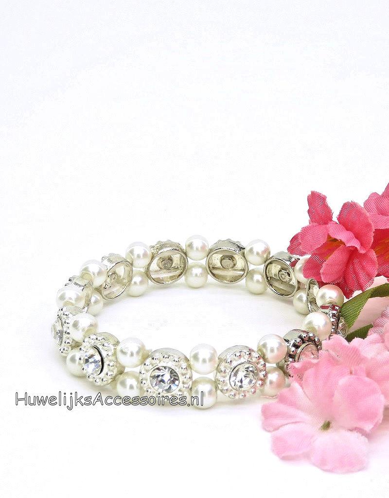 Elastische armband met parels en strass stenen bloemen