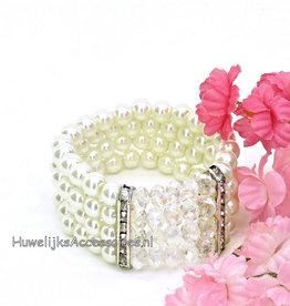 Rekbaar armband met parels en strass stenen