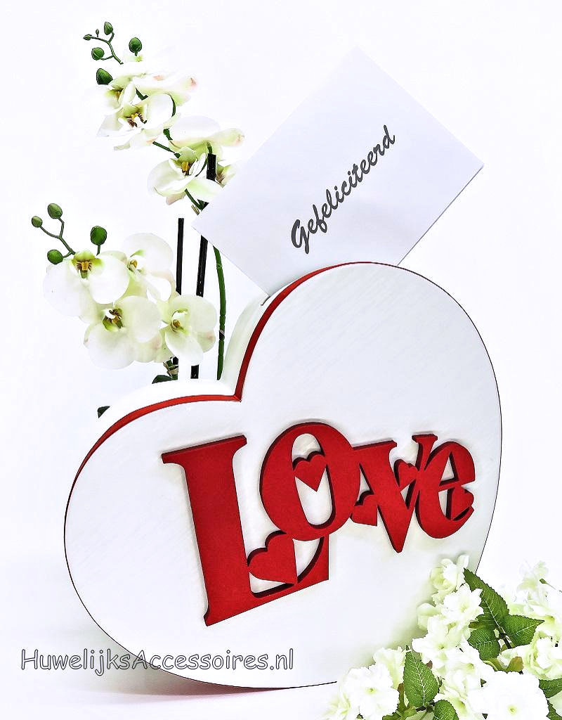 Geweldige mooie hartvormige enveloppendoos met Love erop