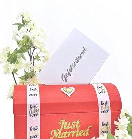 Rood enveloppendoos - Just Married