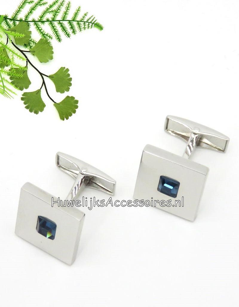 Vierkante manchetknopen met een blauwe steentje