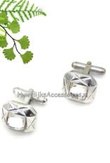 Mooie zilveren manchetknopen met een strass steen