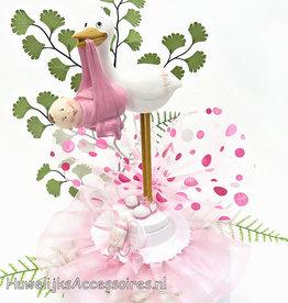 Ooievaar tarttopper met roze tule