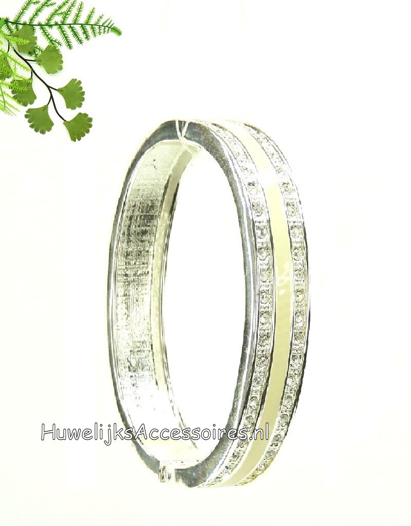 Slavenarmband ovale zilver gekleurd met strass steentjes