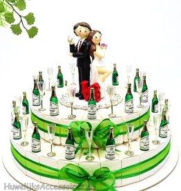 Huwelijk bedankjes taart met glazen en flessen