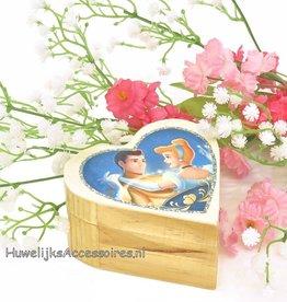 Disney Cinderella en prins hartvormig ringdoosje