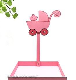 Bedankjes presentatie met roze kinderwagen