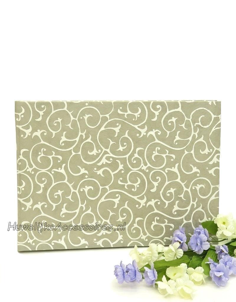 Mooie grijze gastenboek met een witte retro print