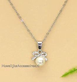 Zilveren ketting met parel en strass pendant