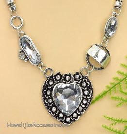 Prachtige halsketting met zilver hart