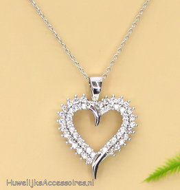 Prachtige halsketting met strass hart pendant