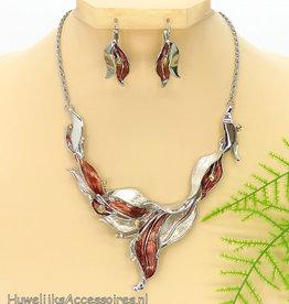 Zilveren halsketting met oorbellen set
