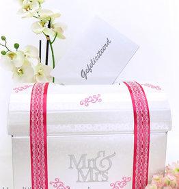 Mr & Mrs enveloppendoos versierd met fuchsia en zilver