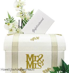 Mr & Mrs  bruiloft enveloppendoos met goud versierd