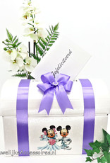 Disney Mooie witte enveloppendoos versiert met lila lint en strik