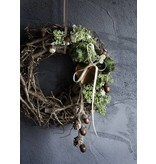 Grape wood wreath frosted