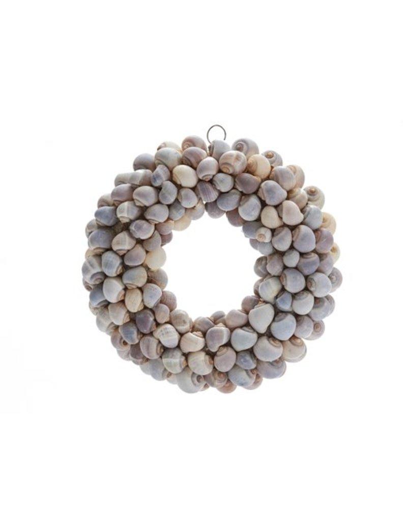 Policinus shell wreath