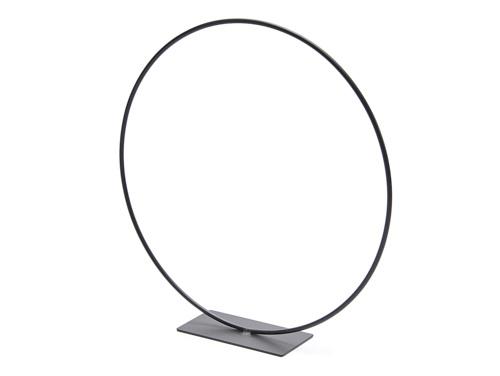 Metal ring on base