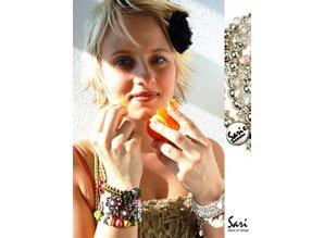 Sari Design chique button, oker geel