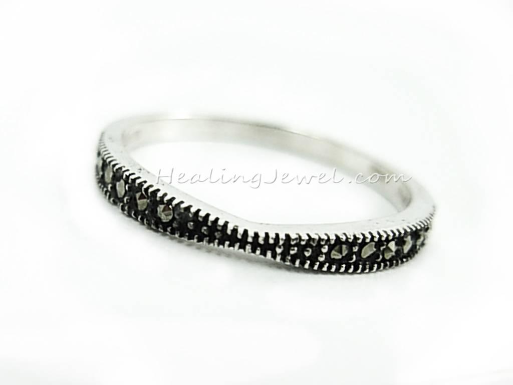 ring sterling zilver en marcasiet, heel mooi model en fijn afgewerkt