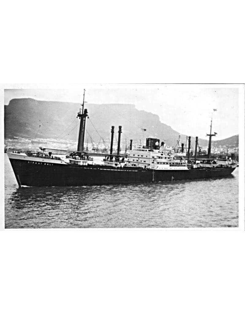 """NVM 16.10.077 vrachtschip ms """"Straat Bali"""" (1953), """"Straat Mozambique"""" (1954) - KJCPL"""