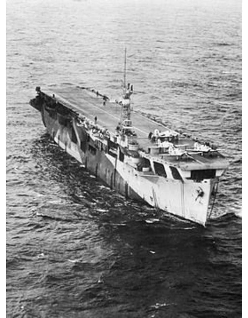 "NVM 16.11.020 vliegkampschip HrMs ""Karel Doorman"" (1946) - ex ""Nairana"" (1943)"
