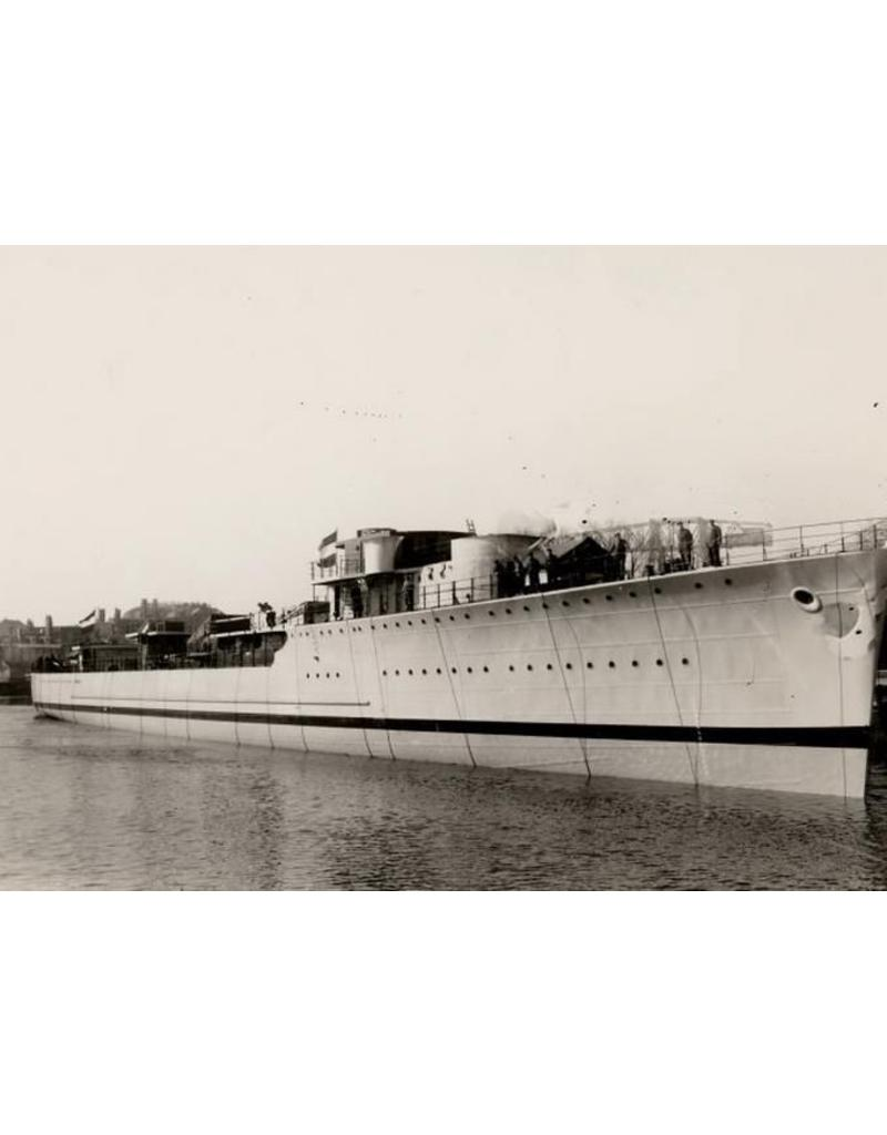 "NVM 10.11.001 HrMs torpedobootjager ""Isaac Sweers"" (1941)"