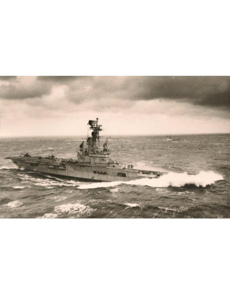 """NVM 10.11.021 HrMs vliegkampschip """"Karel Doorman"""" (1948) - ex HMS """"Venerable"""" (1942); verb. (55/58)"""