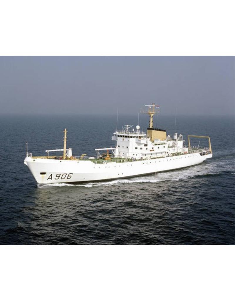 """NVM 10.11.037 HrMs oceanografisch onderzoekvaartuig """"Tydeman"""" A906 (1976)"""