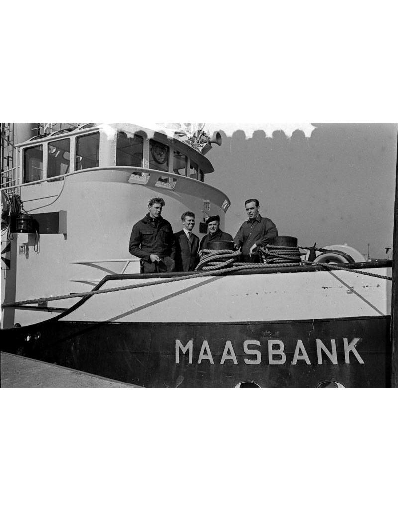 NVM 10.14.103 haven/kustslpb ms Maasbank (1957) - Nwe Rott Sleepd