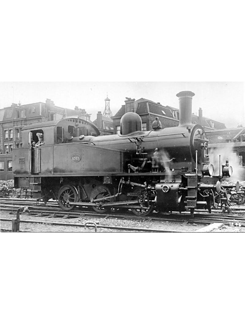 NVM 20.00.002 rangeerlocomotief NS 8700 voor spoor H0