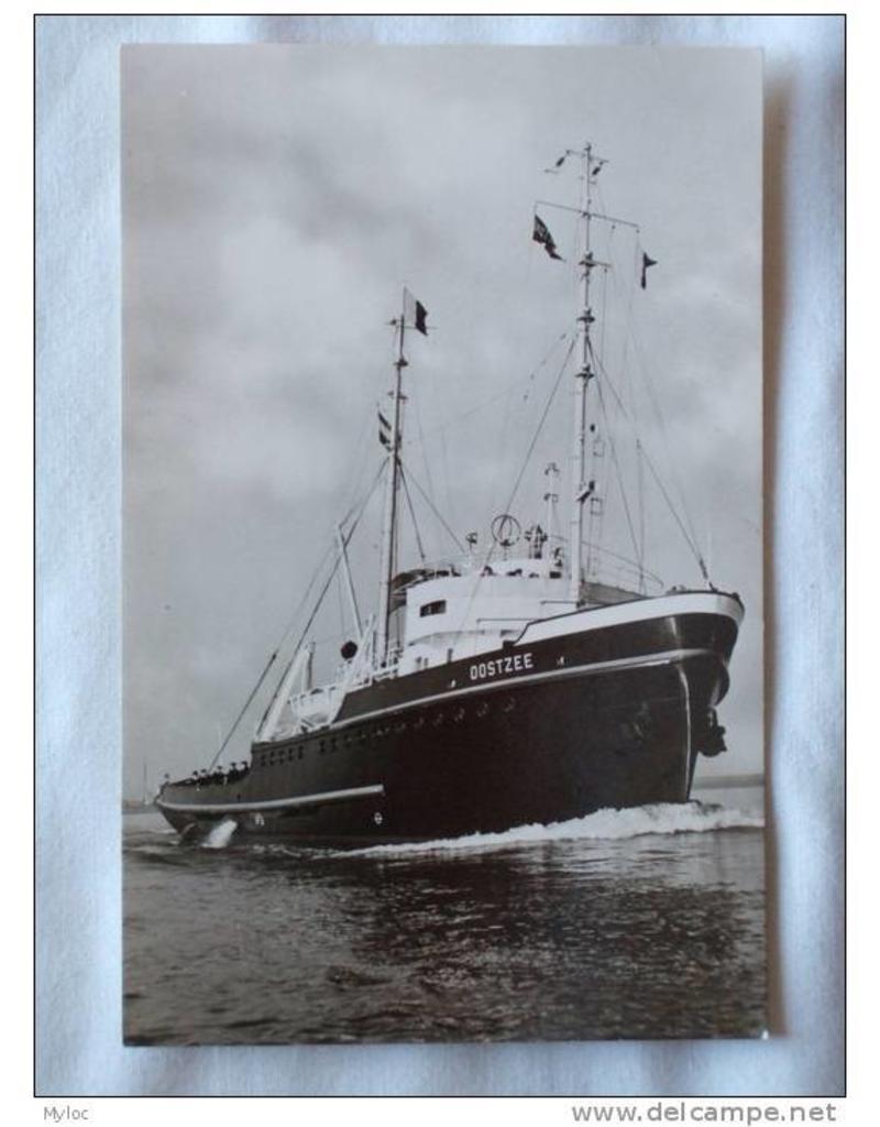 """NVM 10.20.066 zeesleper ms """"Oostzee"""" (1953) - L. Smit & Co's Intern. Sleepdienst"""