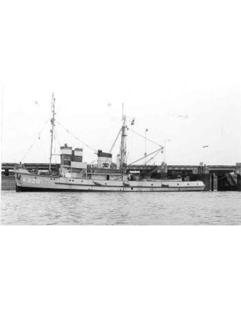 "NVM 16.11.033 HrMs mslpb ""Hercules"" (1951); ex slpb ""Walcheren XII"" (1950); ex ""Atlas"" (1944), Luftw."