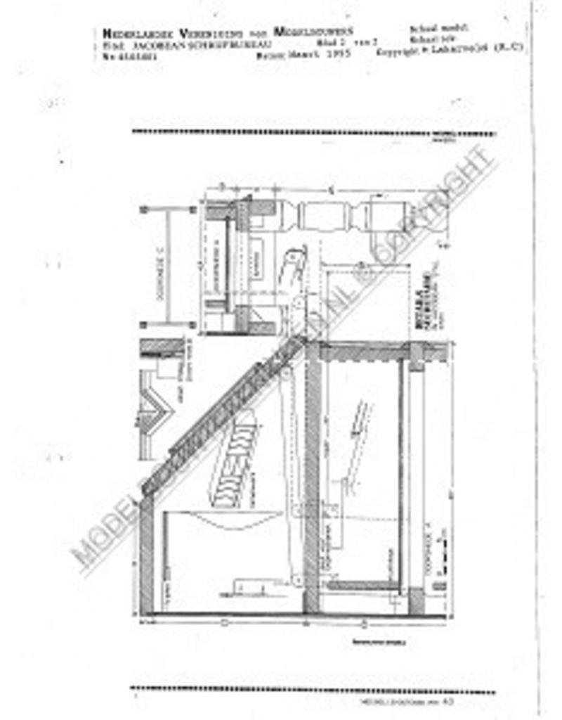 NVM 45.06.001 Jacobean schrijfbureau