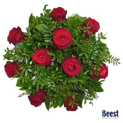 Boeket rode rozen grootbloemig