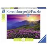 Ravensburger Puzzels Ravensburger Puzzel Bergweide in het Morgenrood 1000 stukjes