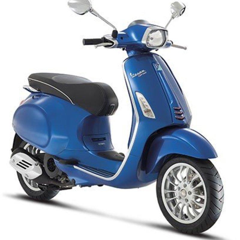 Vespa Sprint 50 4T blauw