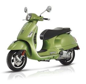 Vespa GTS Super 300 ABS green