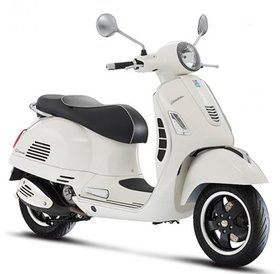 Vespa GTS Super 300 ABS white