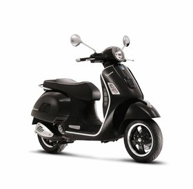 Vespa GTS Super 300 ABS black